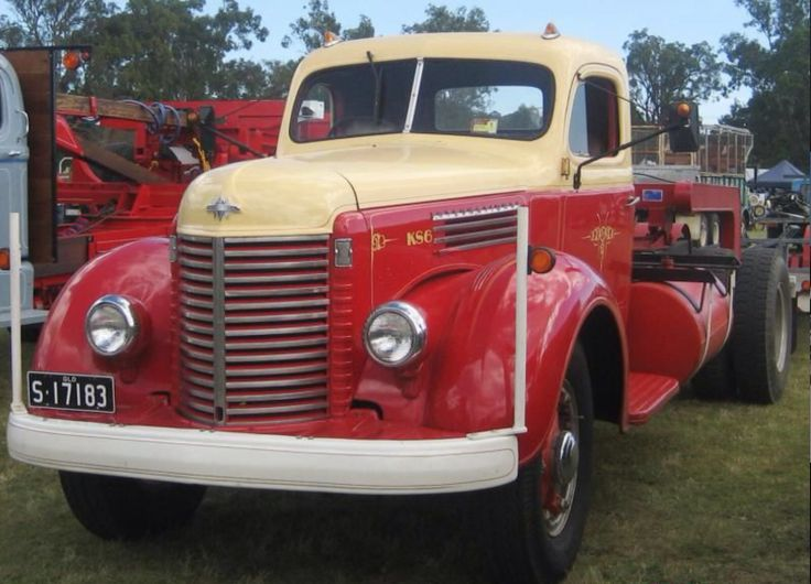 Antique International Harvester Semi Tractor : Best cool old semi truck s images on pinterest