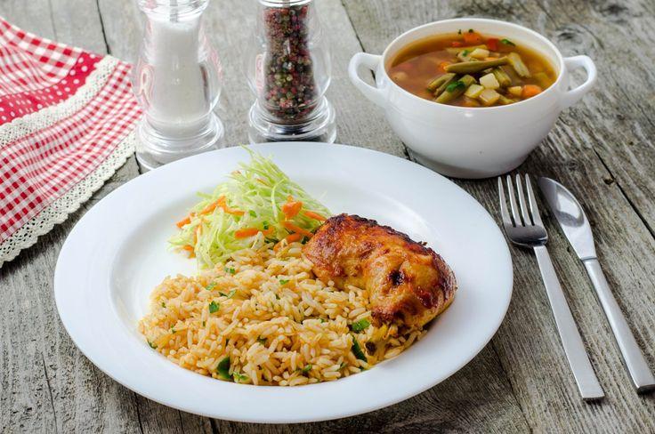 Ciorbă de fasole, pulpă de pui la cuptor și orez