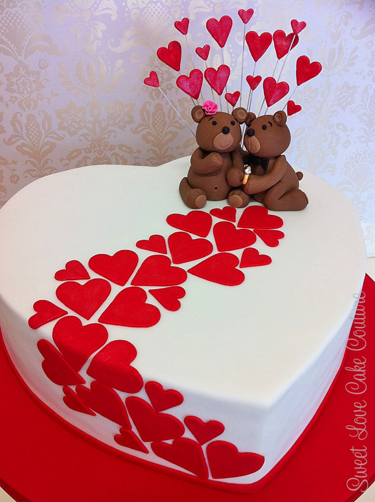 Cake Design Heart Shape : Teddy Bear Love - Sweet Love Cake Couture...Red and blue ...
