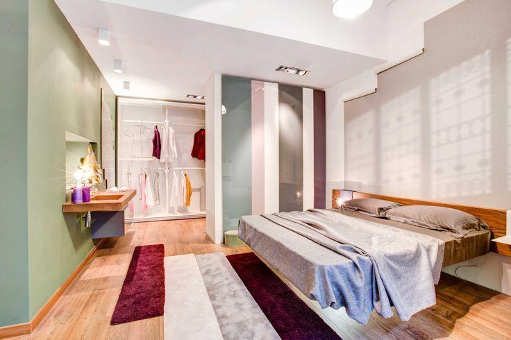 Bright and colourful design bedroom by lago store for Lago store bergamo