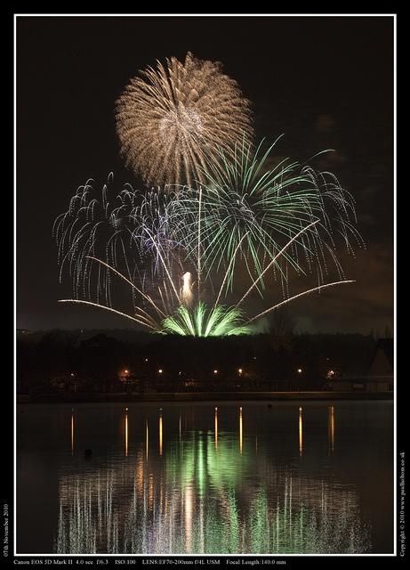 Milton Keynes Fireworks by Paul Holtom ~ Photography, via Flickr