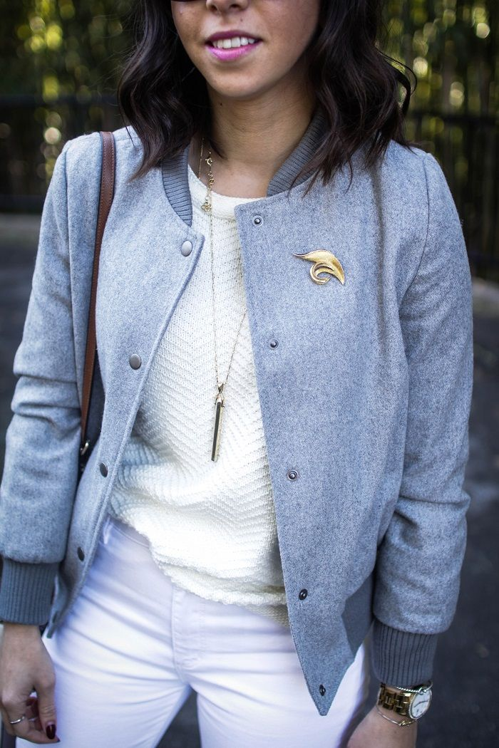 how to style a bomber jacket. how to style white jeans.spring style. dc blogger. a viza style. vintage brooch. how to wear a brooch.