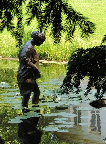 statues+wassenaar | bronze statue in the pond behind the town hall of wassenaar south ...