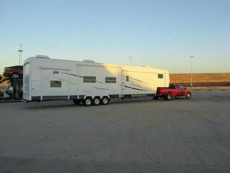 48' fifth wheel trailer