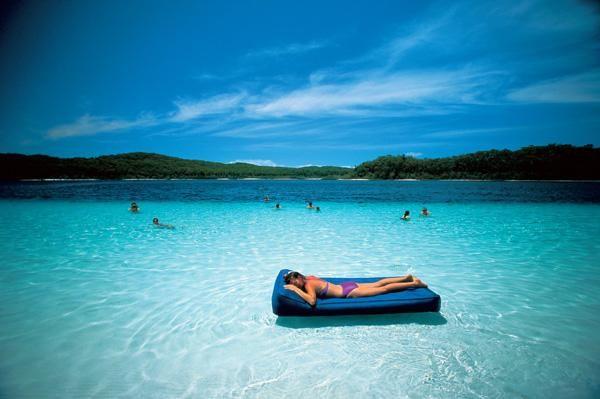 Fraser Island, Queensland - world's largest sand island