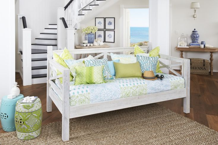 Lyon Queen Timber Bed | Bedshed