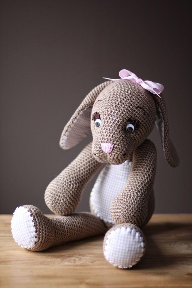 Handmade by Jolanda: #haken, gratis Patroon paashaas Delanna, Nederlands, amigurumi, knuffel, speelgoed