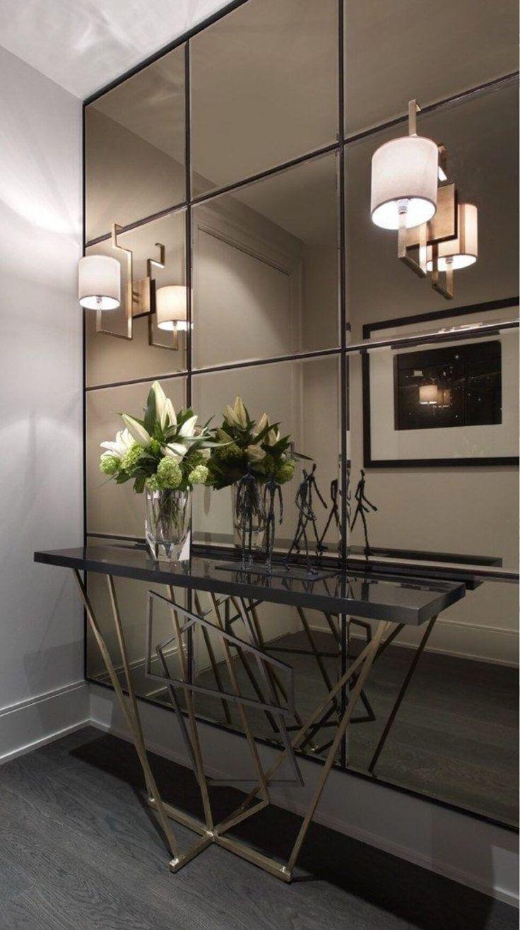 Modern Entry Table, Entry Tables, Modern Hallway, Modern Interior Design, Modern Decor, Color Interior, Spiegel Design, Entrance Decor, Colorful Interiors