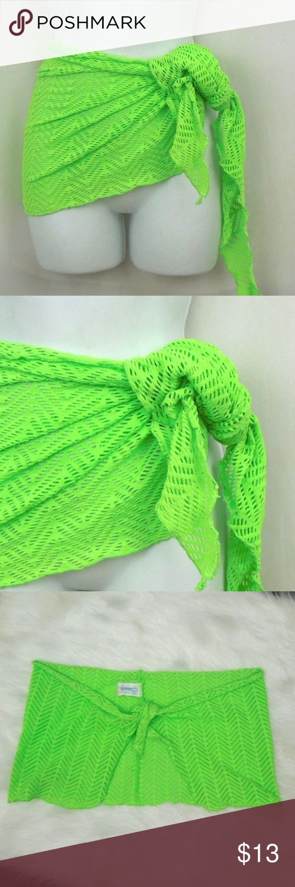 Catalina Coverup Sarong Green Catalina Nylon/Lycra One size SUPER cute neon gree…