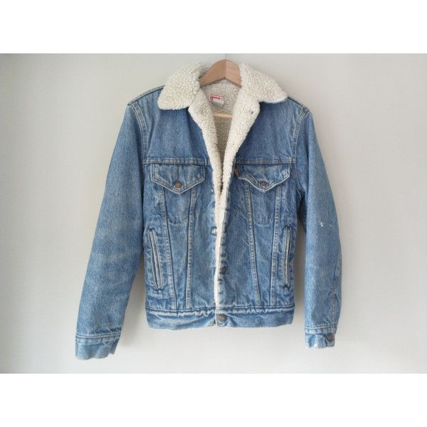 80s vintage men's small XS Levi's sherpa denim jacket ❤ liked on Polyvore featuring men's fashion, men's clothing, men's outerwear, men's jackets, mens denim jacket, mens sherpa fleece jacket, mens faux shearling jacket, mens vintage jean jacket and mens jean jackets