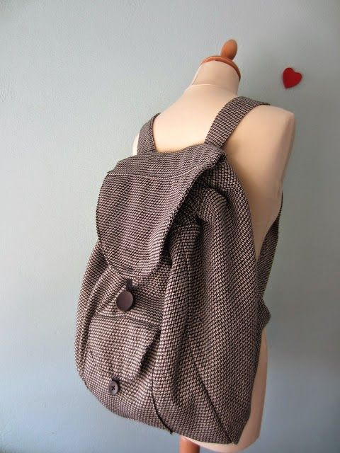 Free Sewing Tutorial : Backpack