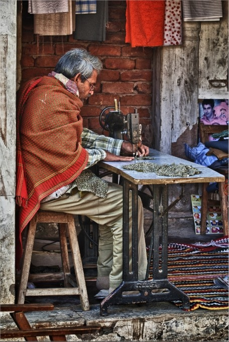 Street life: Tailor at work
