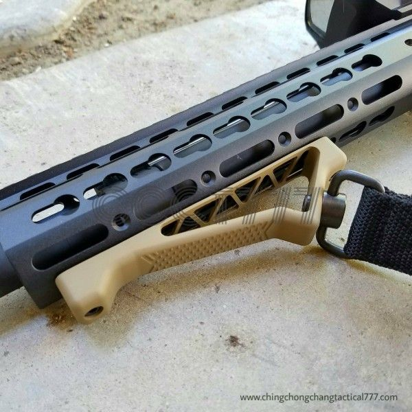 New Angled Fore Grip with Sling Swivel Provision Foregrip for Keymod Handguards