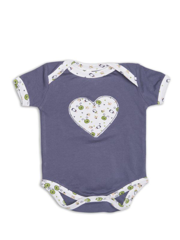 Nino Bambino's 100% organic cotton baby lap shoulder onesies with Heart Shape applique' in front is made out of very soft Interlock fabric and is available in Purple with white color.