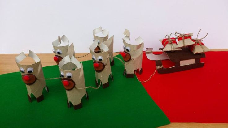 Zaprzęg Mikołaja Autor: Hanna Borowska#QSQ #Christmas #tree #ornament #inspiration #idea #white #red #green #sleigh #indor #decor #santa #paper #craft #handmade #DIY #homemade #recycling #easy #funny