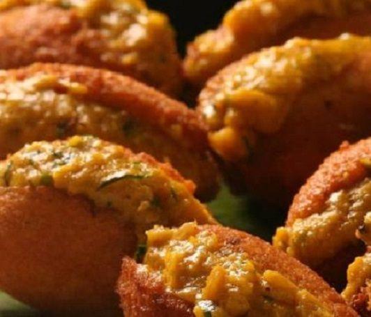 Brazilian Shrimp Fritters (Acarajé) - Acarajé originates in the region of Bahia…