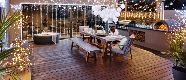 Get creative and add some festive lighting to your Christmas dining table #warmwhite #whitechristmas