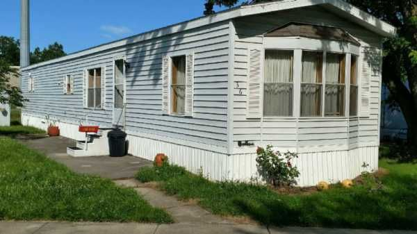Victorian Mobile Home For Sale in Lima OH, 45804