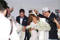 Ο Πανέμορφος Γάμος του Νίκου Καράμπελα στην Μύκονο!