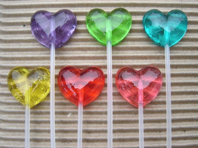Google Image Result for http://www.oneblushingbride.com/ProductImages/candy/HeartLollipops.jpg