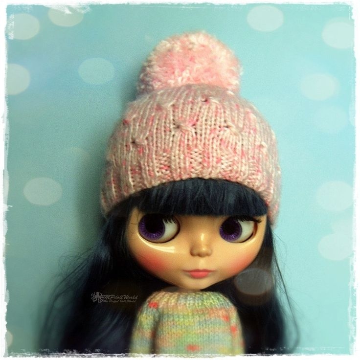 BLYTHE, Pullip, SD, SD+ Cupcake Hat - Knitted Cupcake Pink Hat With Pompom #90 by MPdollWorld on Etsy