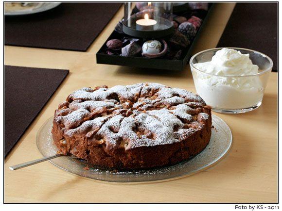 Apfel-Nuss-Kuchen mit Zimtnote #backen #sonntagssuess #kuchen #cakes
