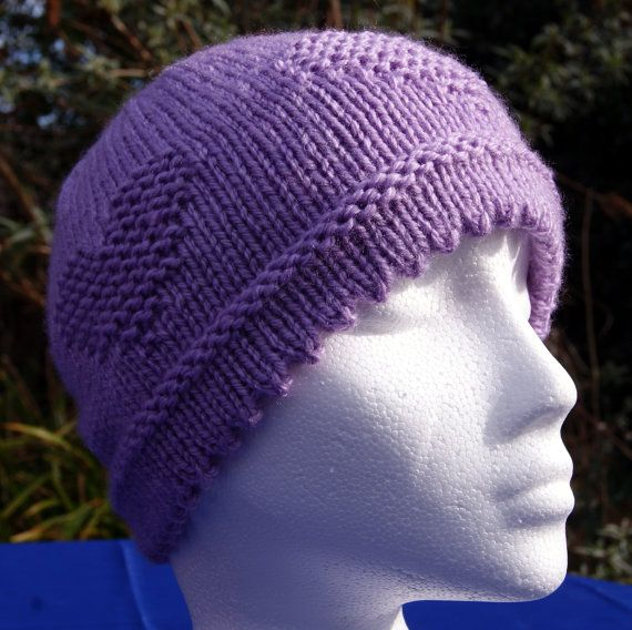 Hand knitted picot edge woollen beanie hat in an attractive 'Crocus' lilac shade. Handknit hat. Knit hat. Wool hat