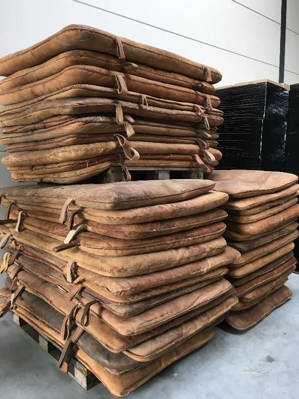 Wholesale export Company for VINTAGE leather matras  from Holland / Europe shipping worldwide . - various - 04 VINTAGE - Davidowski