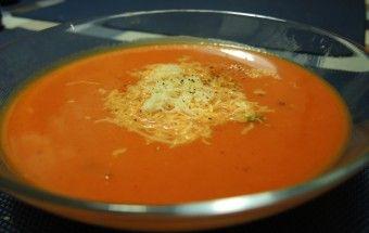 Krémová polievka z pečených paprík