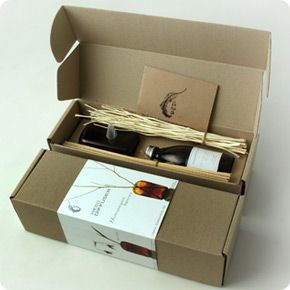 natural packaging | 100% Essential Oil Aromatherapy Reed Diffusers