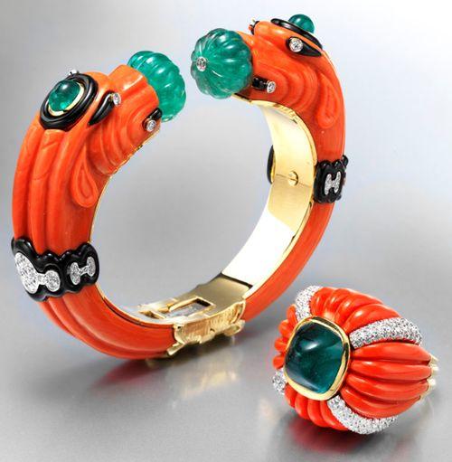 David Webb bracelet and ring of yellow gold, platinum, diamonds, emeralds, sapphires and black enamel.   Via The Jewellery Editor.