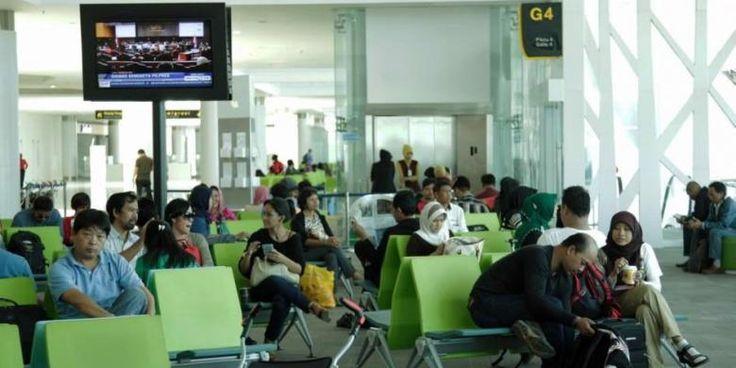 Berbagai Aktivitas Saat Menunggu Waktu di Bandara