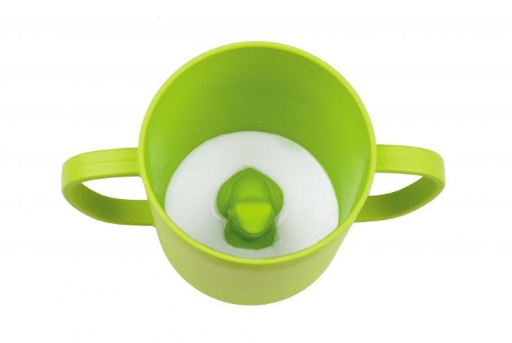 CUPPIE   Kikker. Je kan deze beker langzaam introduceren als je kindje tussen 12 en 15 maanden is. Vanaf 2 à 3 jaar kunnen ze volledig overstappen naar het drinken uit bekers. CUPPIES zijn gemaakt van bioplastic, dat gemaakt wordt van de suikers en het zetmeel in planten. Ze zijn leuk om te gebruiken en heel eenvoudig te reinigen.  www.coozaa.nl