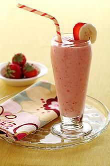 Strawberry Banana Smoothie (■2   whole Chiquita Bananas, frozen*, peeled and chopped   ■1   cup sliced Strawberries   ■1/2   cup Orange juice   ■1   (6-oz.) carton low-fat Vanilla yogurt)