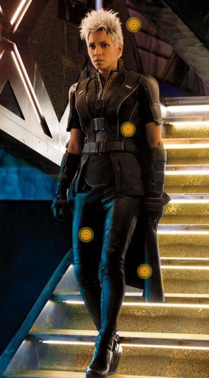 its-super-hero:  Storm - Halle Berry - X Men DOFP