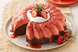 Triple down on the strawberry flavor in this chocoflan by using jam and gelatin in addition to sliced fresh berries.