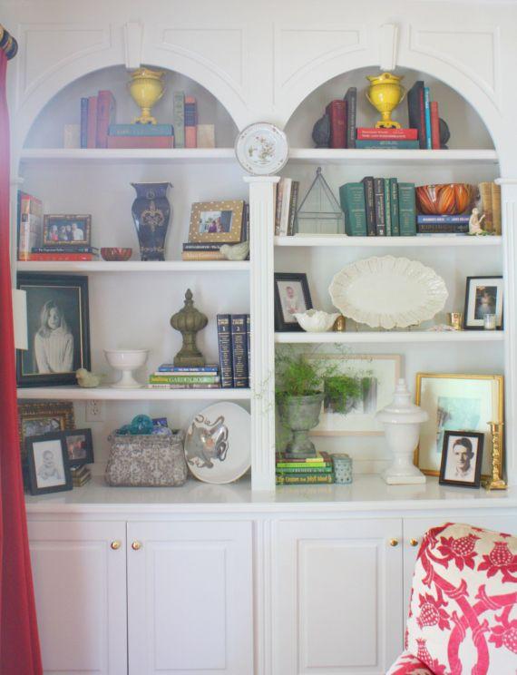 Bookshelf Styling Ideas + Click thru for full Home Tour