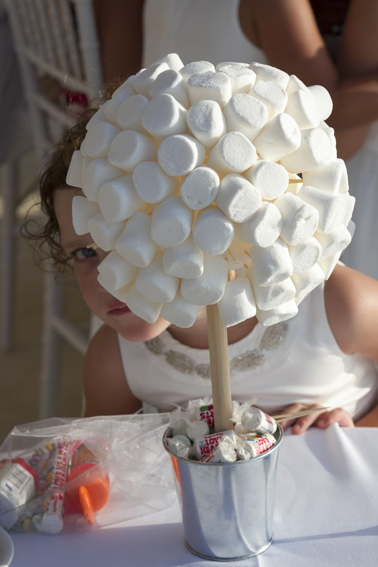 Amuse the little ones at your reception by introducing a marsh mallow tree for them to enjoy!