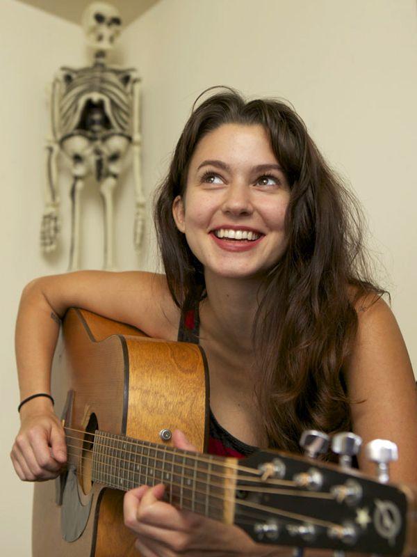 Meg Myers-Google Search Love Lemon Eyes. She's pretty gorgeous.