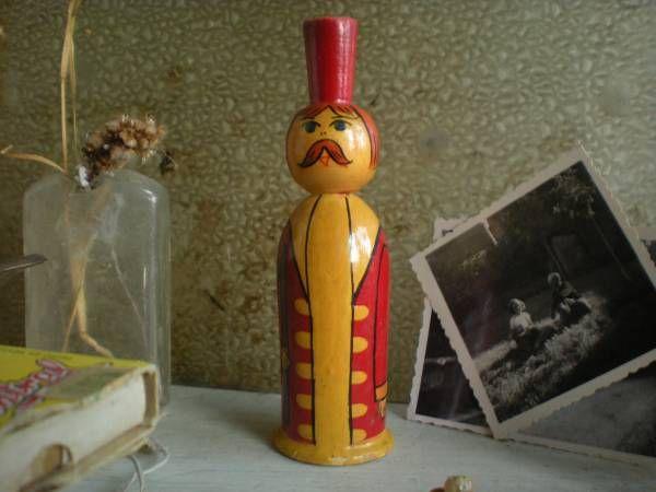 ソ連 木製王様人形 ロシア ソビエト こけし木のビンテージ髭伯爵_画像1