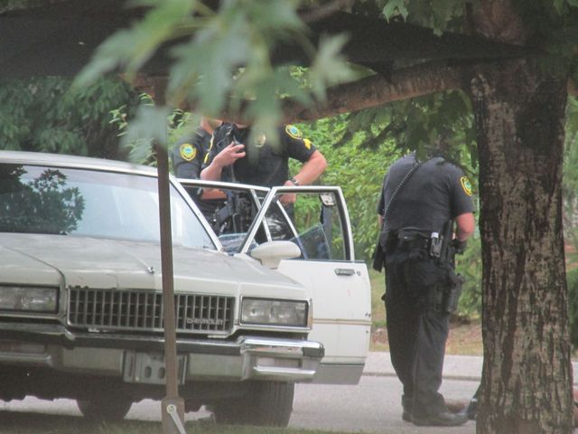 Asheville Police Officers Investigate The Scene After Jai Jerry Williams Was Shot By An Officer July 2 At Deaverview Apart Police Civil Rights Police Officer