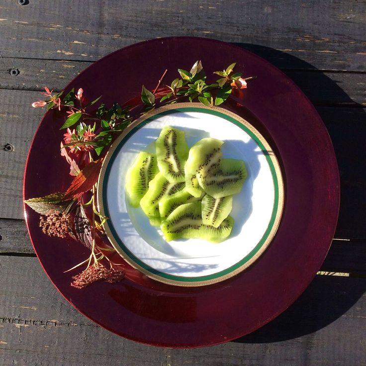 La belleza del color! Kiwi sabor y salud para lis días de frío. Platos de colores que aportan alegría. Gourmet Sur la vida con sabor. En Instagram síguenos en @gourmet_sur