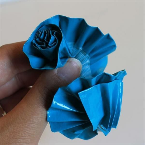 Learn To Make Duct Tape Flowers @101ducttapecrafts