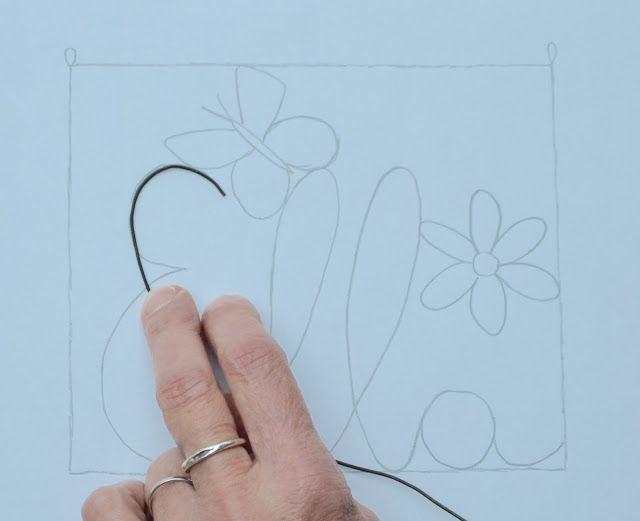 la petite verrière: Un prénom en fil de fer et tissu (tuto)