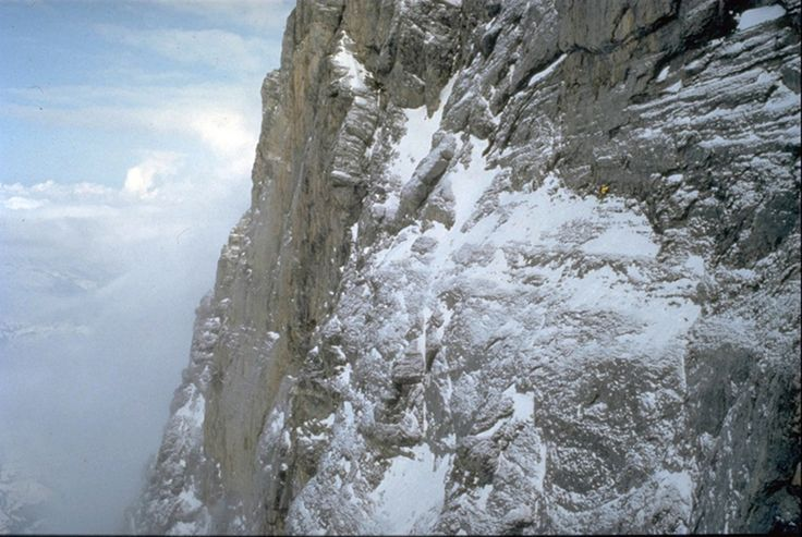 © René Robert; Catherine Destivelle, ascension en solo hivernal de la face nord de l'Eiger.