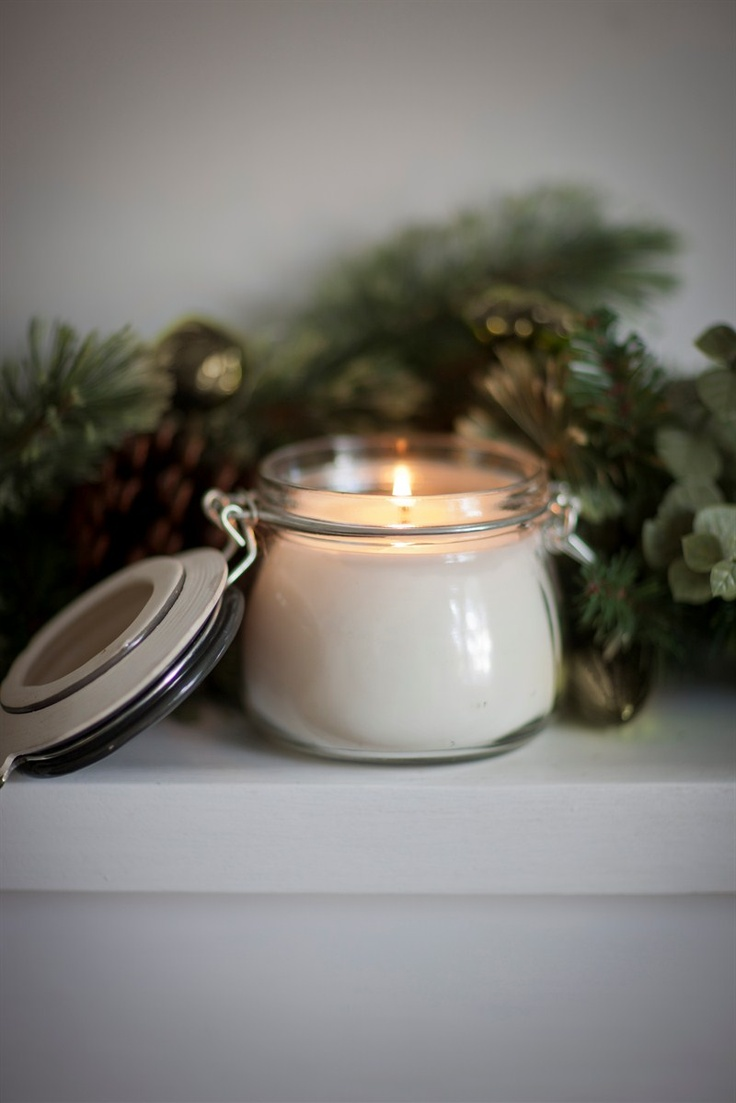 Small Gingerbread candle in Slate