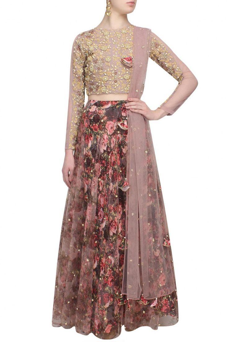 #perniaspopupshop #bhumikasharma #floral #prints #clothing #shopnow #happyshopping