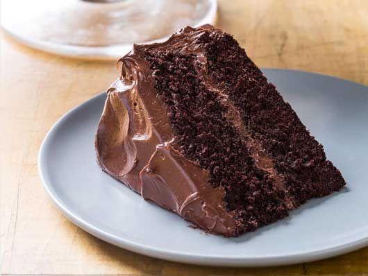 Le moelleux au chocolat n'a pas son pareil pour nous faire craquer et il porte bien son nom de moelleux avec sa texture aérienne et sa densité de chocolat noir