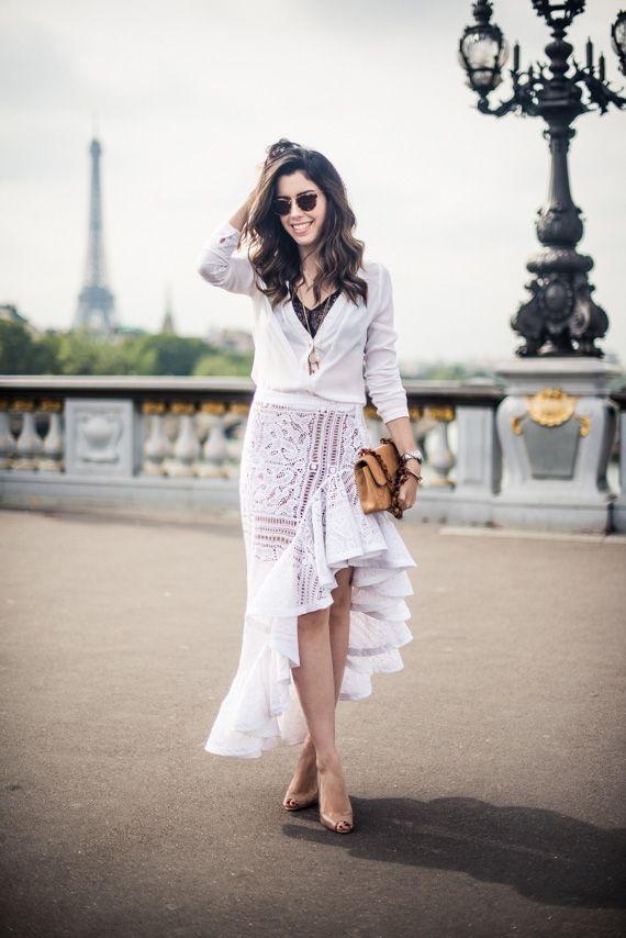 E aqui vai um dos meus looks preferidos de Paris! Quando coloquei na mala essa saia maravilhosa da Martha Medeiros (sim, a mesma que Veveta usou no início do ano!), fiquei doida pra chegar o dia de usar e ao mesmo tempo apreensiva. Sei que Paris é o lugar perfeito pra ousar, mas confesso que …