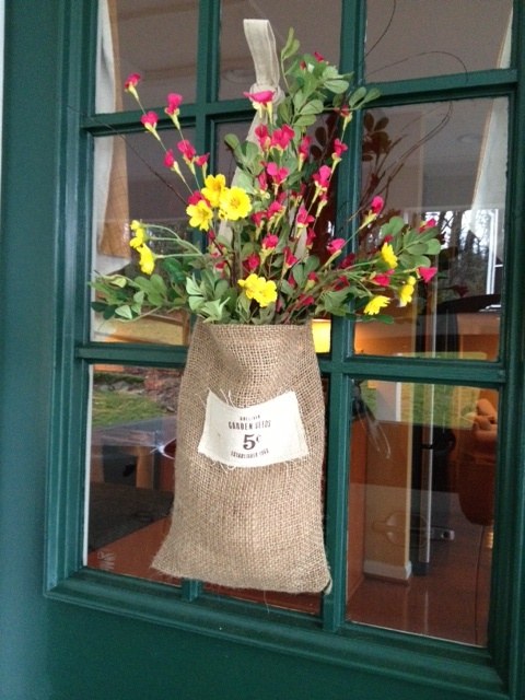 17 best images about spring door decor on pinterest Burlap bag decorating ideas